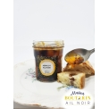 Apricot and Black Garlic Jam - This 220 g jar contains a homemade apricot and black garlic jam.  Artisanal production by Les Délices du Bompart, a Drôme jam maker who meticulously selects her raw material and transforms it with traditional recipes.  Keep at ambient temperature and in a cool place after opening. DLUO 24 months.  The apricots, full of sunshine, come from a family farm in Cliousclat. All the sun and the know-how of the Drôme valley combined!