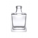 """LUZ SUPREME - """"If you are looking for a container that can help your product stand out, then Luz Supreme is the right choice. This container is the most unconventional oil bottle for those who want to be different from all others. Its square and sophisticated shapes can give the right classy touch to any product."""""""